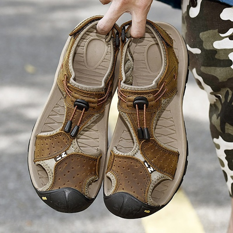 Men Genuine Leather Anti-collision Non-slip Hook Loop Outdoor Soft Sole Casual Sandals