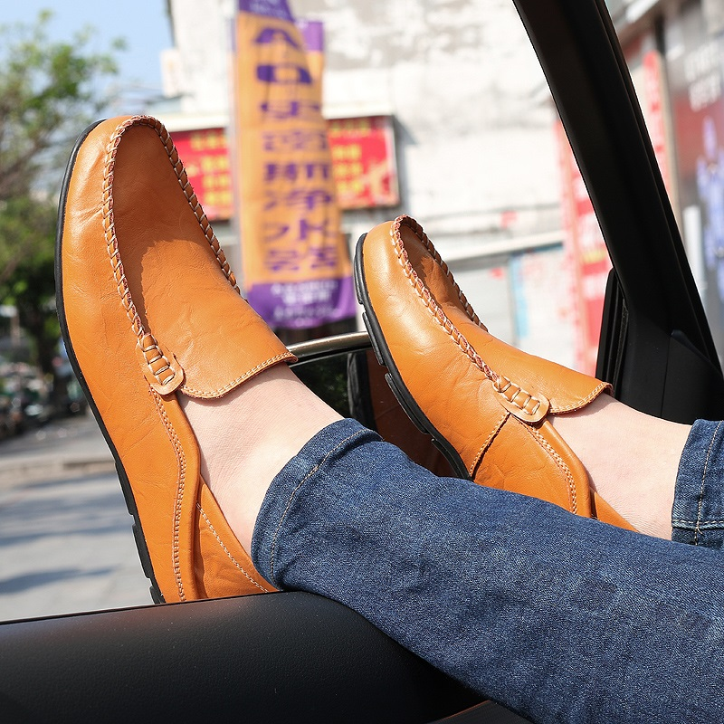 Men Hand Stitching Leather Non-slip Soft Sole Slip On Casual Shoes