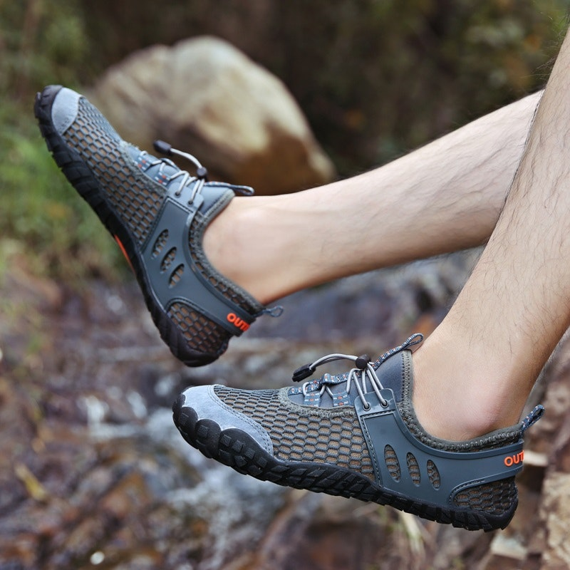 Men Outdoor Hiking Slip Resistant Soft Mesh Water Wading Shoes