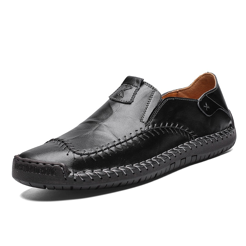 Men's Four Seasons Hand Stitching Lightweight Leather Driving Shoes