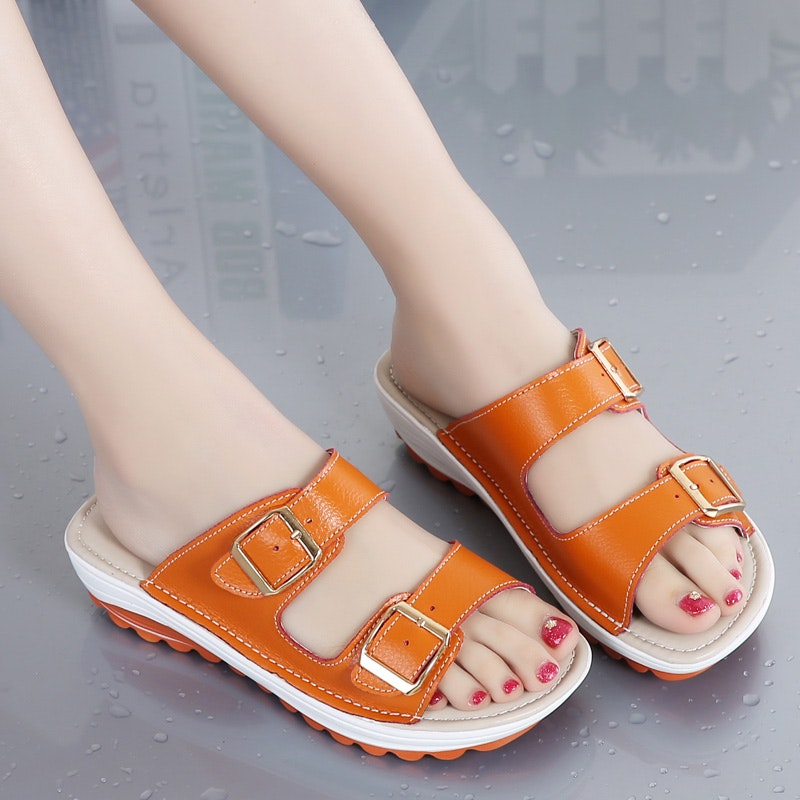 Women's Summer Fashion Casual Comfort Leather Slipper