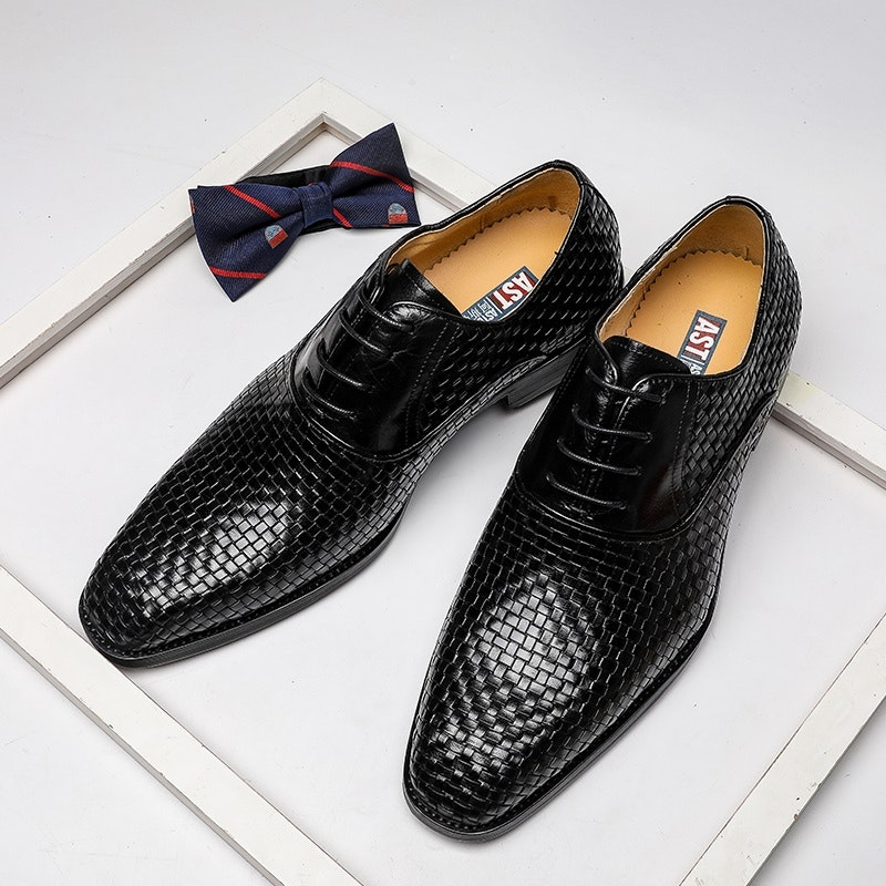 Men's Four Seasons British Pointed-toe Leather Business Shoes